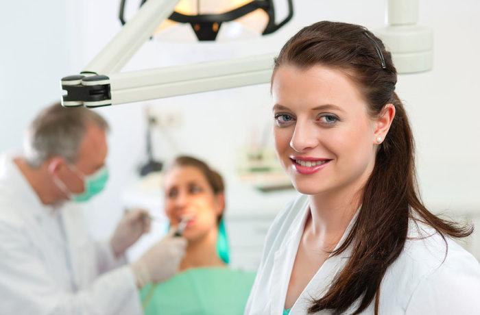 Odbudowa złamanych zębów